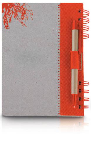 מחברת אורגנית עם עט