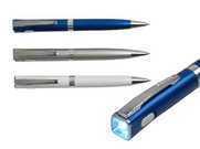 עט כדורי עם פנס לד